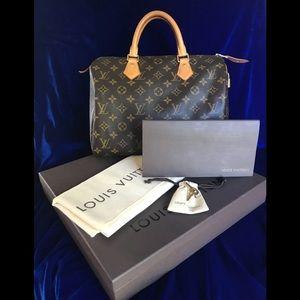 Authentic Louis Vuitton (Speedy 30)